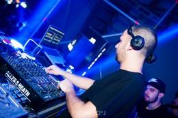 World Famous DJ's